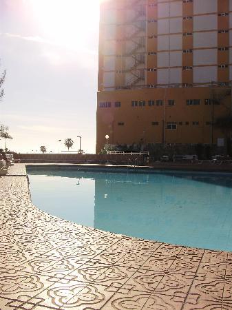 Corona Roja - Playa del Ingles: Pool area