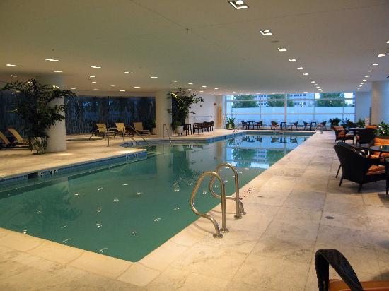 Renaissance Schaumburg Convention Center Hotel Indoor Pool