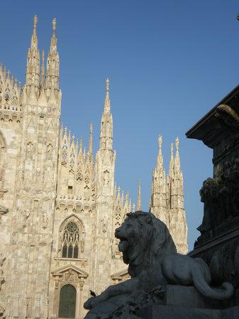 מילאנו, איטליה: IL DUOMO