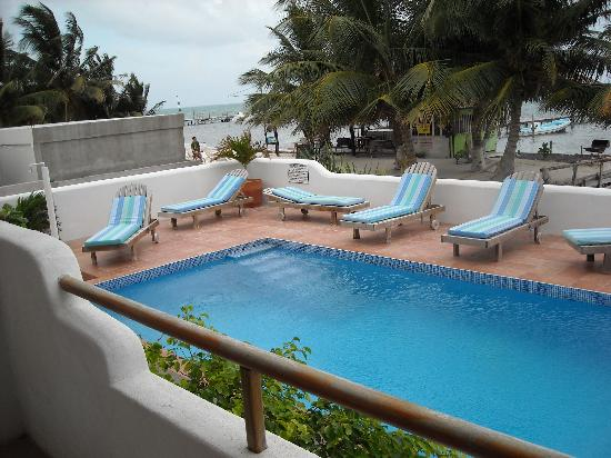 Seaside Villas Condos: Pool View from balcony