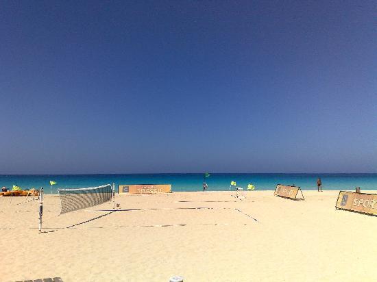 Jaz Almaza Beach Resort: Sport in spiaggia