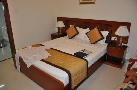 Le Duy Hotel: Bed