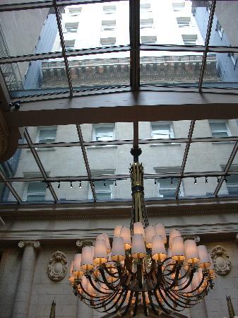 Sofitel Buenos Aires Arroyo : Hotel lobby