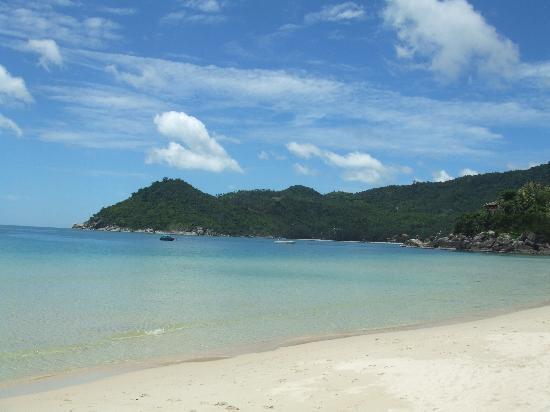 Anantara Rasananda Koh Phangan Villas: The Beach