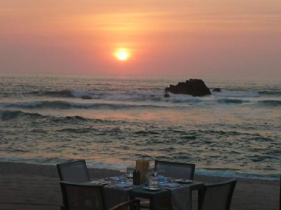 Four Seasons Resort Punta Mita: Beautiful sunset