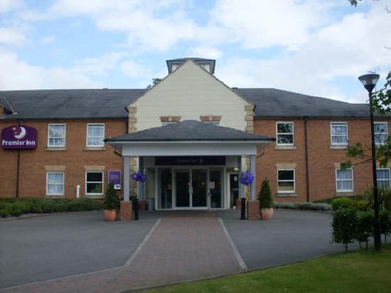 Premier Inn York North Hotel: Front