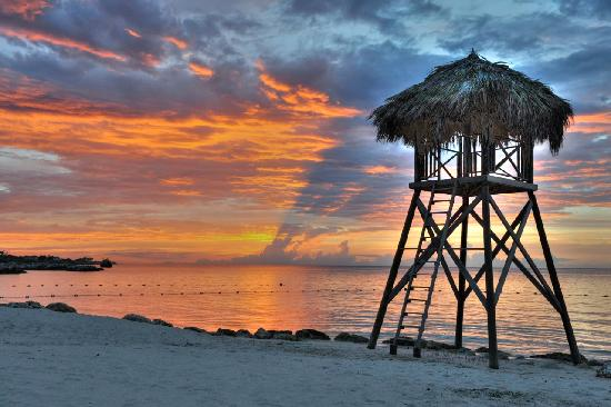 Iberostar Grand Hotel Rose Hall: just another evening on the beach