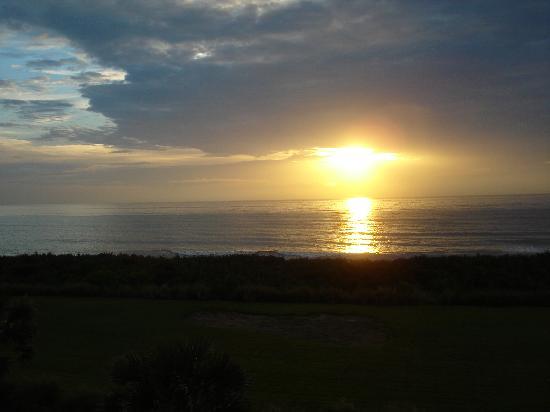 Cinnamon Beach at Ocean Hammock Beach Resort: Sunrise over Cinnamon Beach