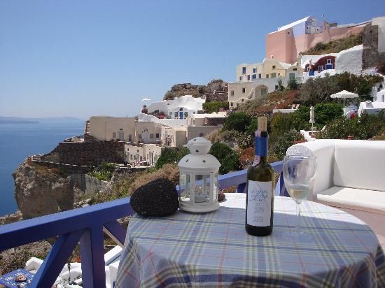 Ifestio Villas: View incl complimentary wine from Villa Paride to the left