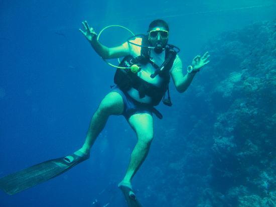 Aqua Nabq Dive Center: ebrahim my dive guide