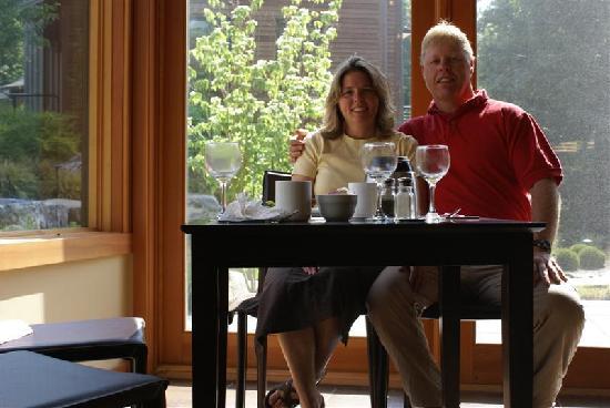 Inn at Vineyard Lane: At Breakfast