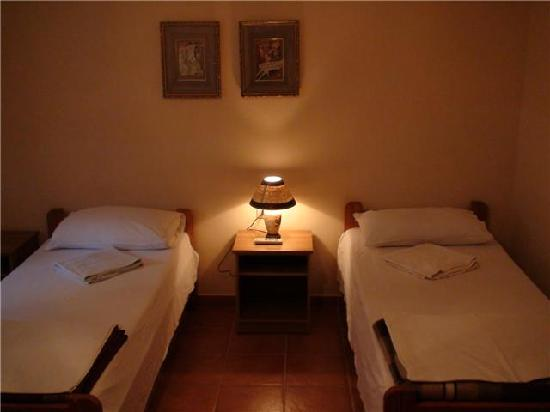 Freddy's Hostel : very spacious and clean rooms