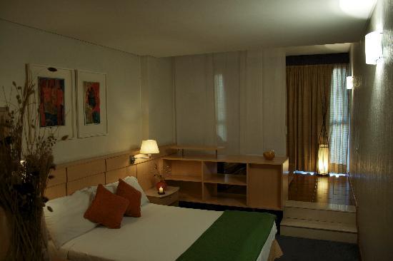 Bauen Suite Hotel: Habitación