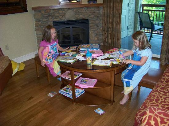 RiverStone Resort Spa Living Room With Childs Game Table