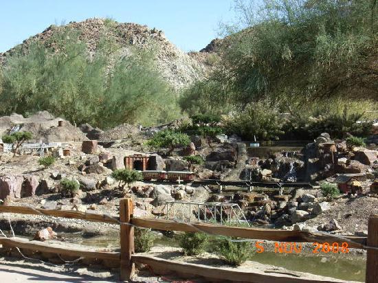 Living Desert Zoo & Gardens: Model train