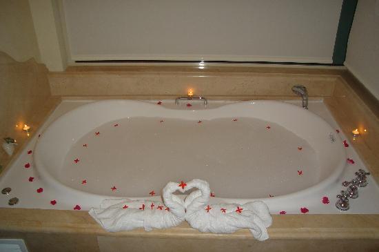 Iberostar Grand Hotel Bavaro: bath