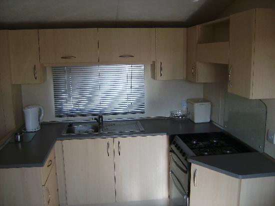 Perran Sands Holiday Park - Haven: The well equipt Kitchen