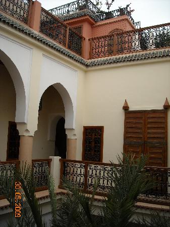 Riad Les Trois Palmiers El Bacha : Le patio-resto