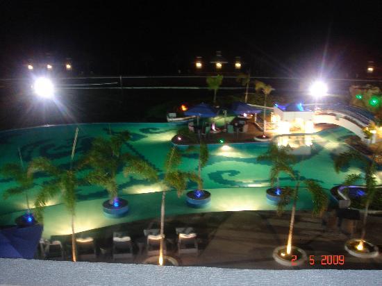 Thunderbird Resorts & Casinos - Poro Point: the pool at night