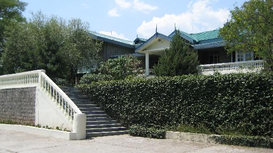 Hotel White Haven Palace Estate: front view