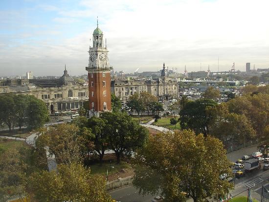 """Park Tower: Blick aus dem Hotelzimmer auf den """"Englischen Turm"""""""