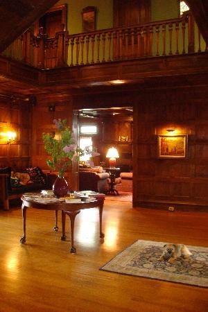 The Inn at Hudson: The Hall