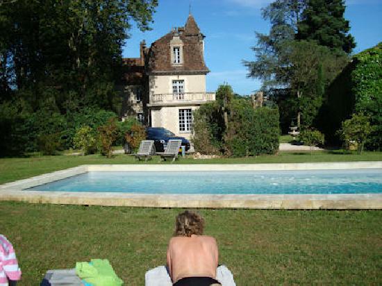 Chateau La Roussille : heerlijk zonnen en zwemmen