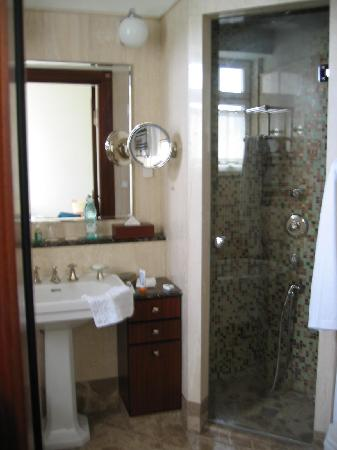 Hotel Rialto: Room 39 bathroom