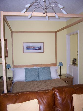 Sandpiper House: Our bedroom