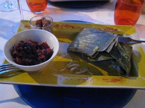 Le Comptoir Italien : Deep Sea Crocker wrapped in Banana Leaf