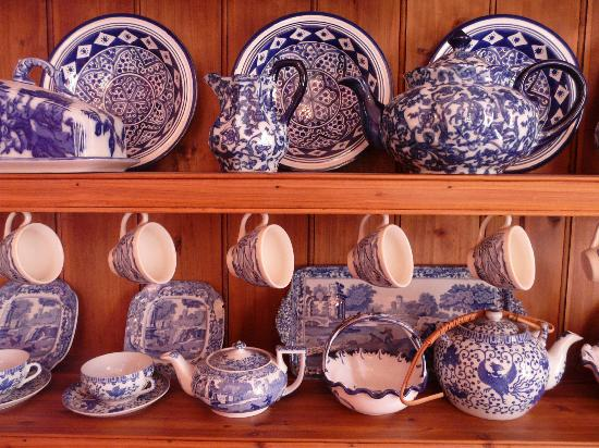 Oakdale Manor: Carmel's china collection