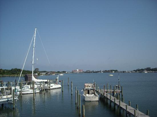 Ocracoke Harbor Inn 사진
