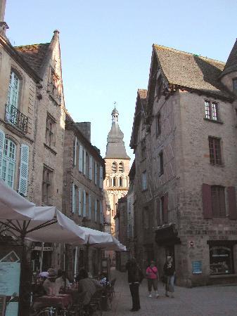 La Maison du Moulin a Vent : Une des nombreuses rue medievales de Sarla
