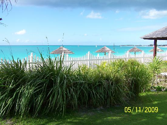 Seven Stars Resort & Spa: Another view of the beach