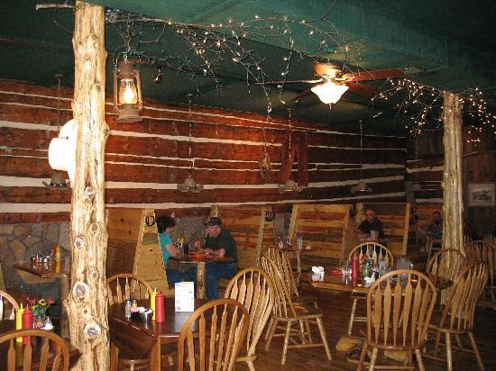 Desperados Cowboy Restaurant: Inside restaurant