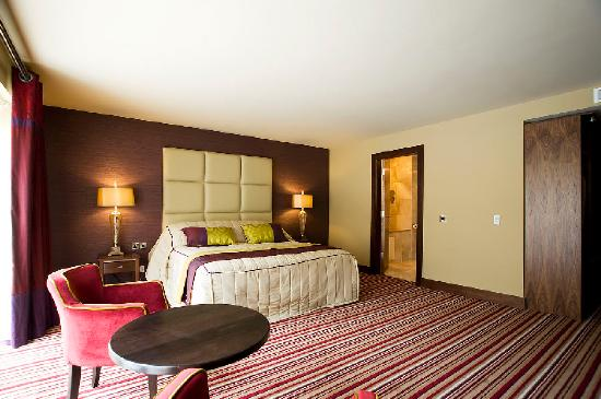 Errigal Country House Hotel: Hotel bedroom