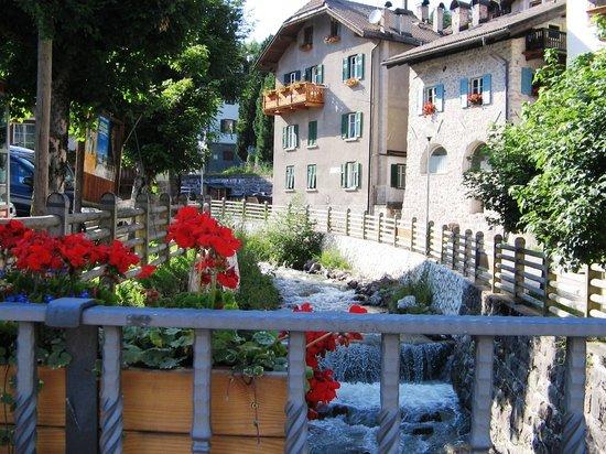 Hotel Vallechiara : in paese