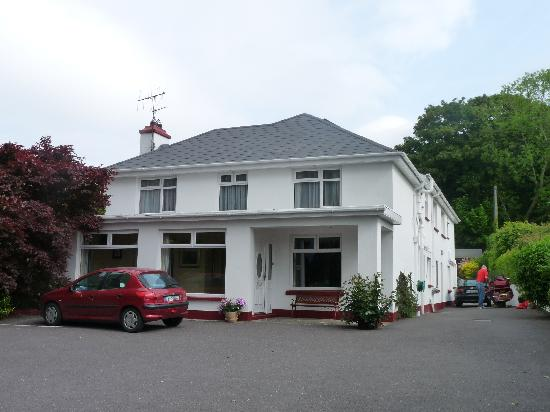 Woodlands Bed & Breakfast: The lovely house