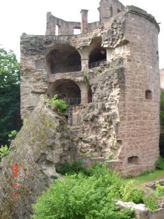 heidelberg castle schloss heidelberg parts are destroyed yet still beautiful