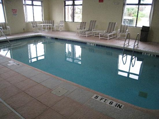 Regency Inn & Suites : Pool