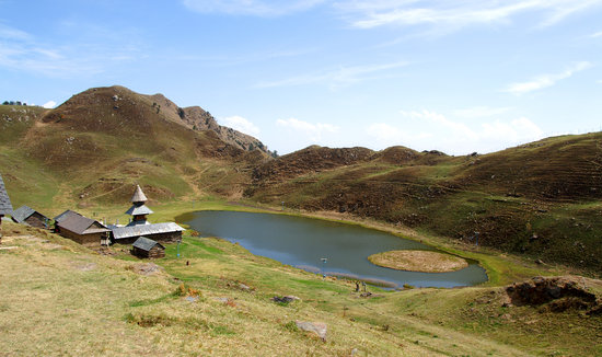 Himachal Pradesh, India: Prashar Lake