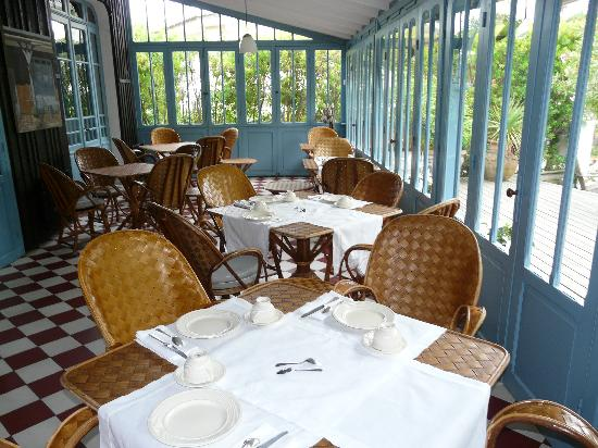 La Maison du Bassin : salle restaurant