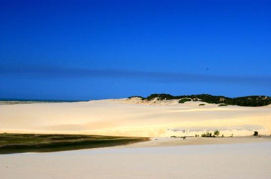 Praia de Canoa Quebrada: Dunes, by Nimrs Mhad
