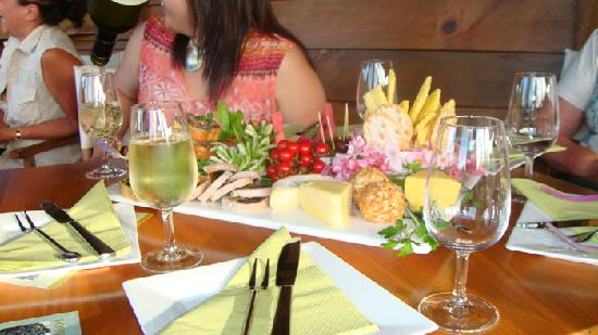 Burnt Pine, Australia: Norfolk Island - food platter at Two chimneys