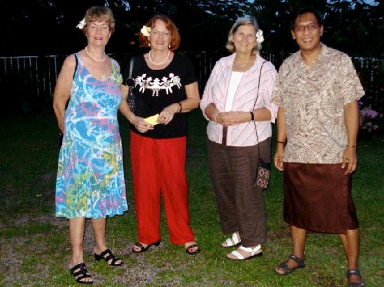 Tatiana Apartments - Apaula Heights : Me and some of those who stayed in Tatiana