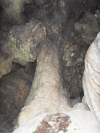 Hebei, China: Giant pillar in Jiu3 Lian2 Dong4 (9-Hole Cave)