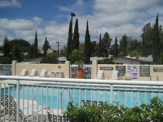 HYATT house Pleasant Hill: Pool on the premises