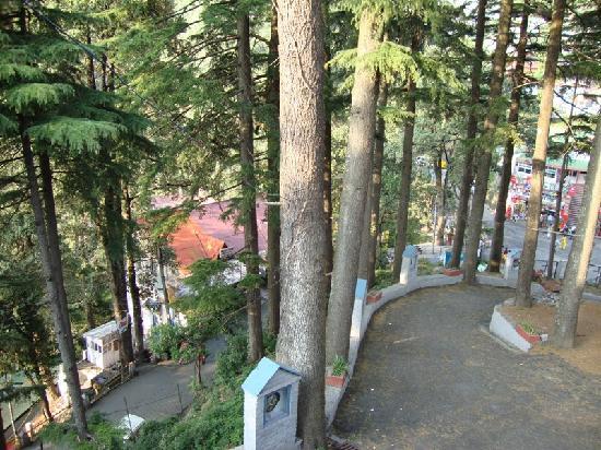 Hotel Kings: Dalhousie View From CHurch at Nehru Chowk