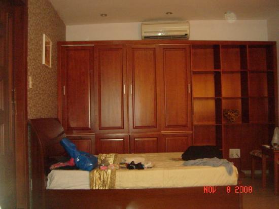 Hoang Phong Hotel : bed 3