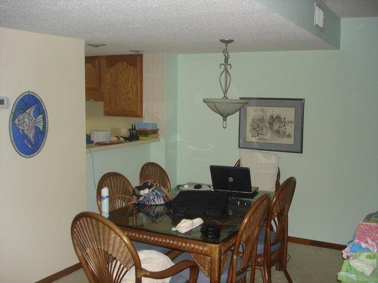Sound of the Sea Condominiums: Dining area 312W